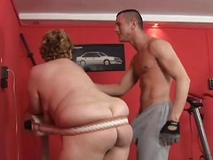 fat matured lady and trainer humping in the gym
