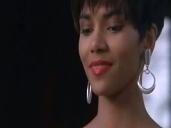 Halle Berry - Stricly Liaison