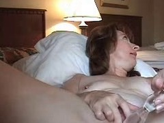 Horny mature wed anal masturbating