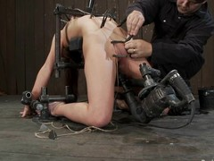 AnnaBelle Lee gets tortured plus toyed in bondage video