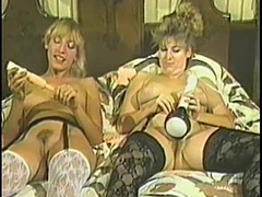 Team a few Kinky Blondes Play with Toys plus Go Vintage Hardcore