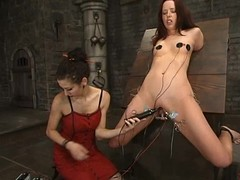 Spoil gets her pussy explored up some strange tools