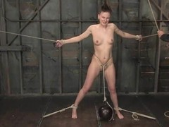 High-quality sex girl is going to have a surpass on some weak-mindedness of BDSM